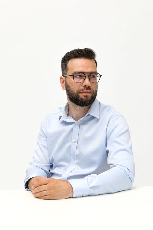 Mgr. Pavel       Pařízek  psychoterapeut Praha 6